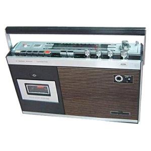 FM_AM_Radio_Cassette_Recorder